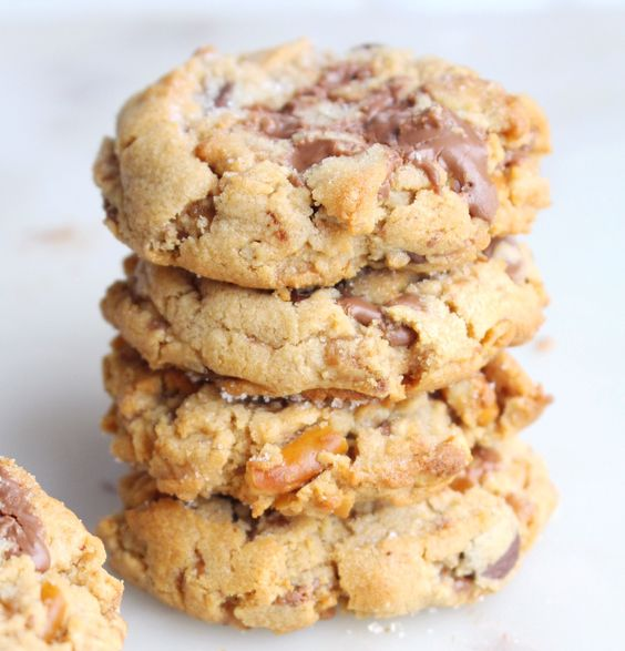 Peanut Butter Skor Cookie